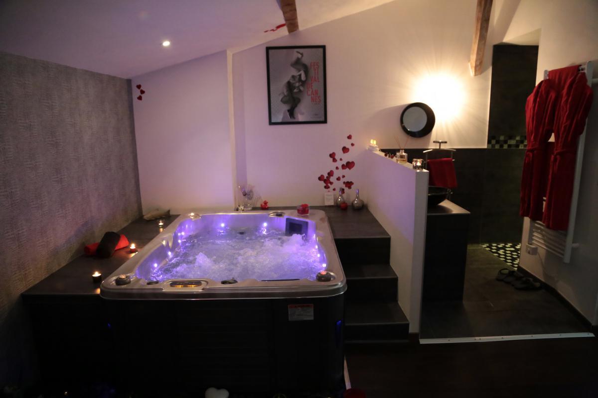 Location Chambre Romantique à Chateuneuf Sur Isère Pour
