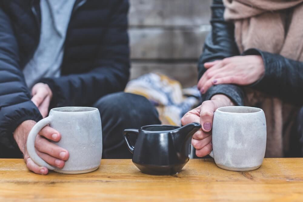 samen thee drinken introvertel
