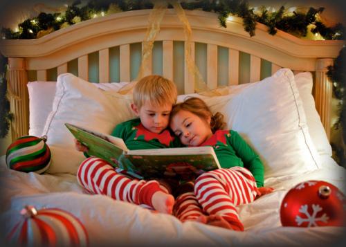 bed-book-christmas-cute-kid-Favim.com-333499