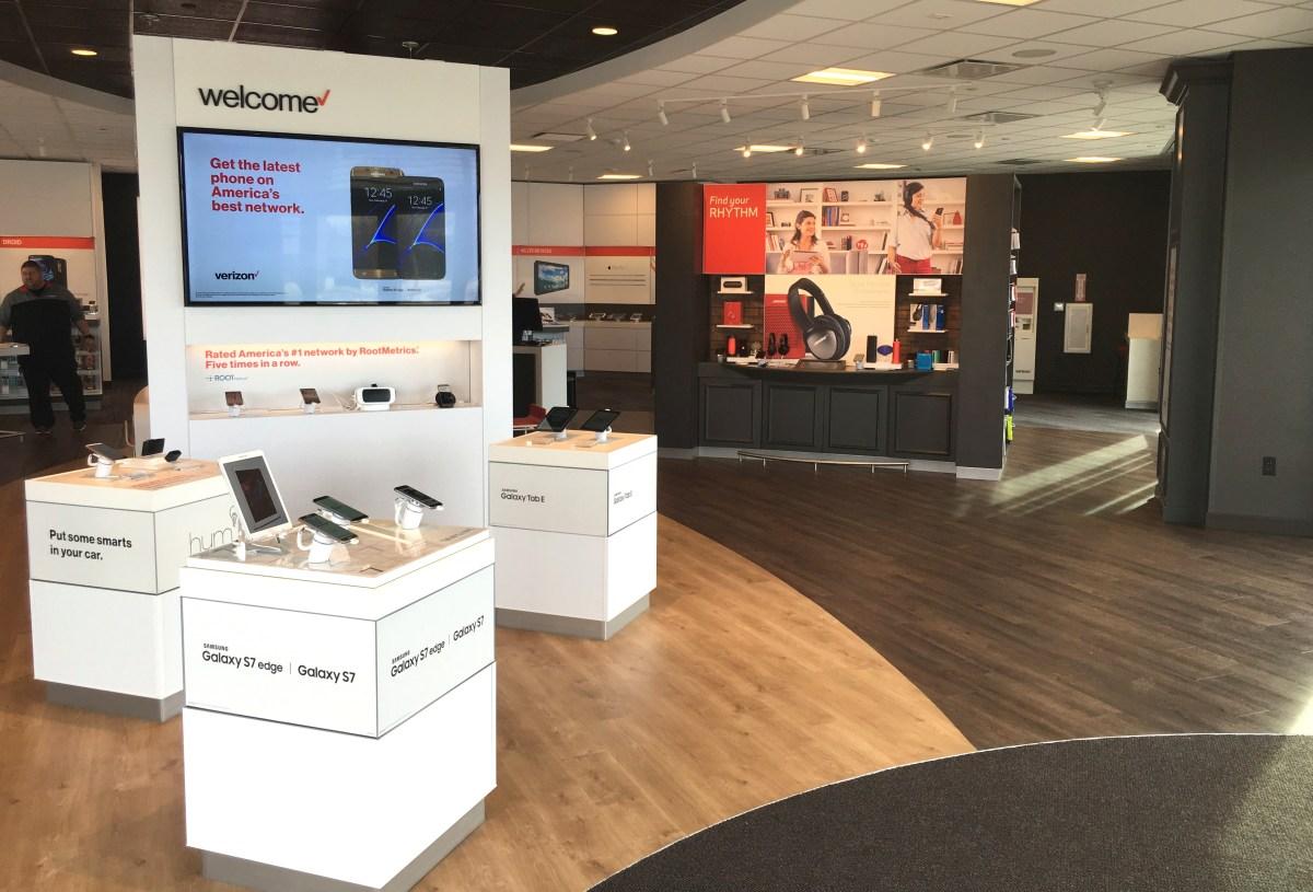 welcome to smart zone design verizon store, longmont colorado