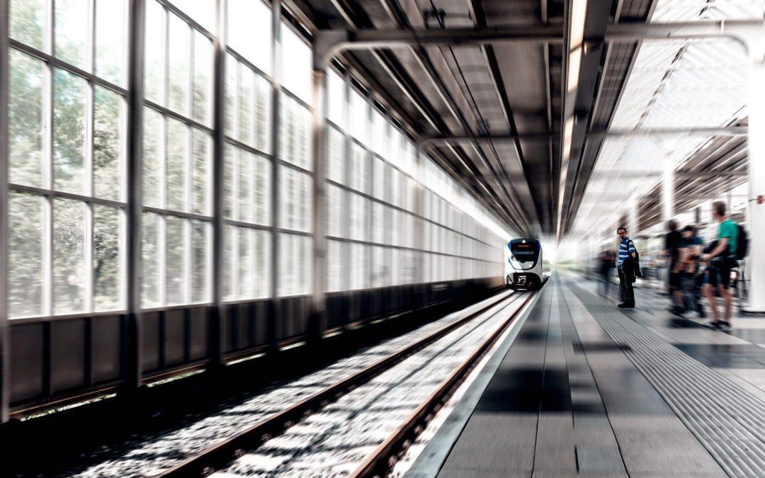 Kan en nudge förbättra säkerheten på järnvägsperronger?