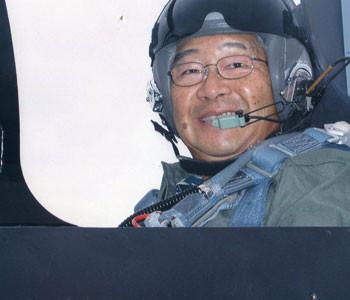Dick-Inukai-Jet-Pilot_350x300