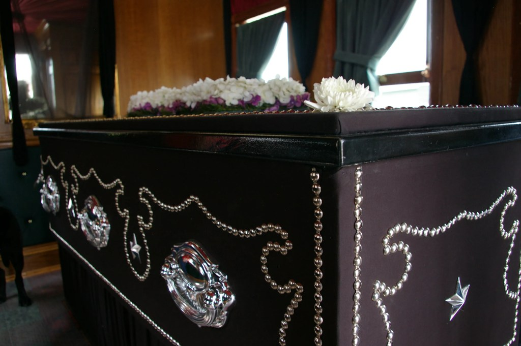 Lincoln Coffin Side