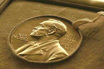Olga Tokarczuk y Peter Handke ganan el Premio Nobel de Literatura para 2018 y 2019