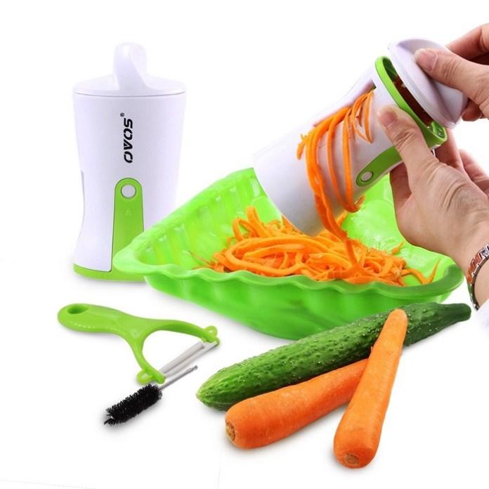 11. Un coupe-légume pour concocter des salades originales