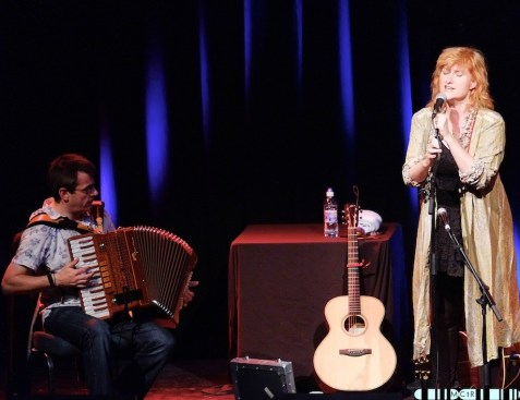 Eddi Reader 17 - Eddi tops the show