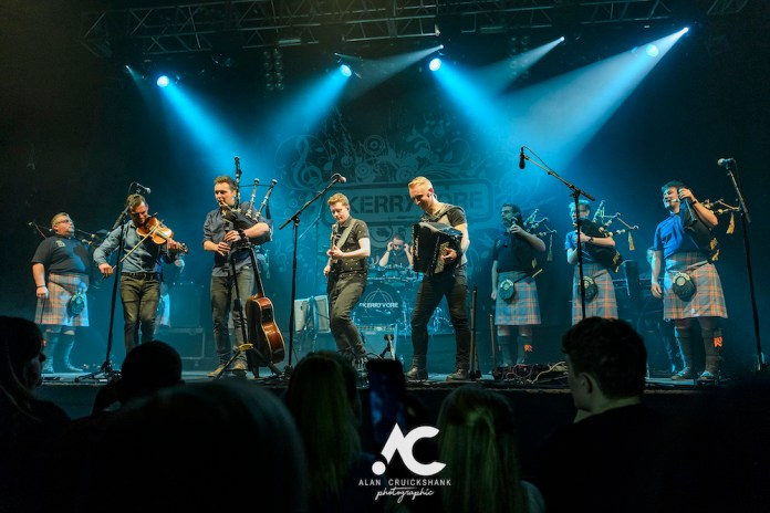 Skerryvore with City Of Inverness Pipe Band and Runrigs Iain Bayne December 2018 Ironworks Inverness November 2018 24 - Skerryvore, 7/12/2018 - Images