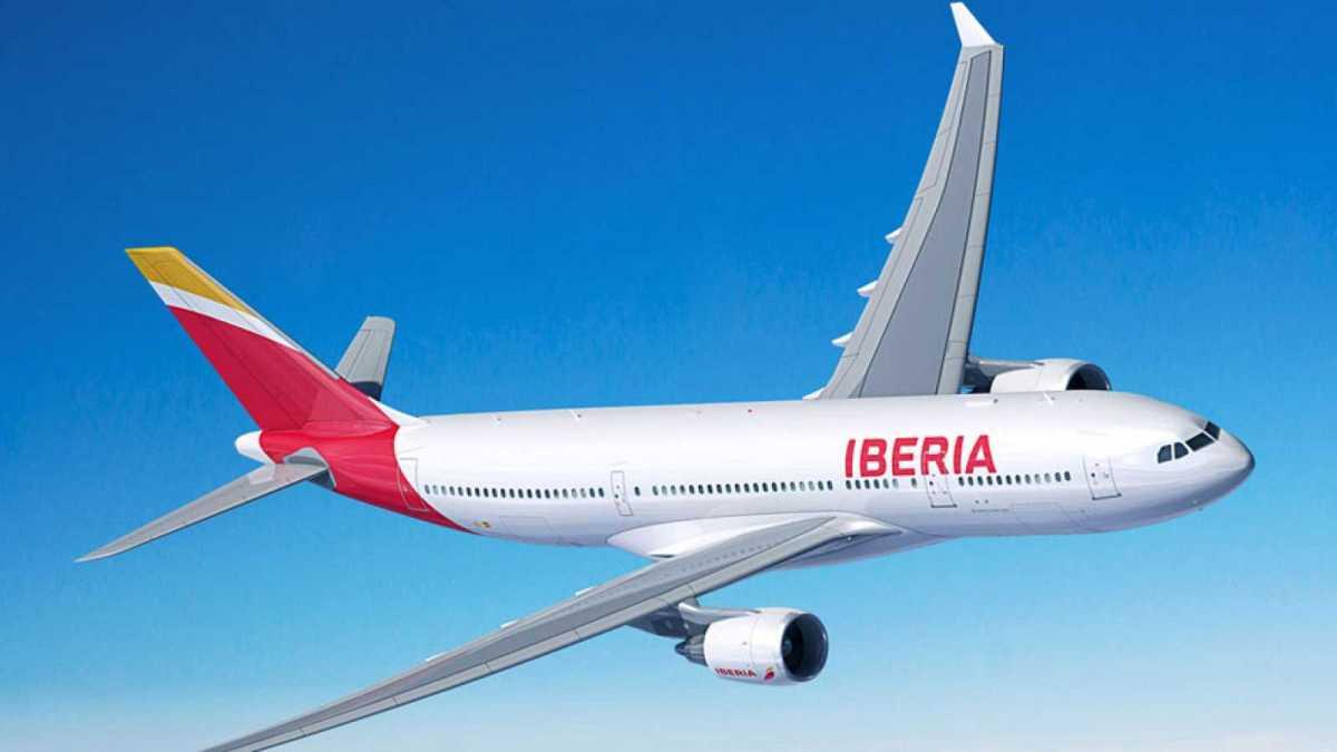 Iberia crece hasta tres vuelos diarios entre México y Madrid