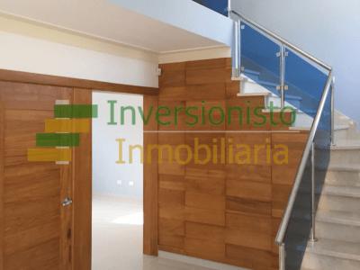 Casa Moderna en Urbanización Las Antillas en Santiago