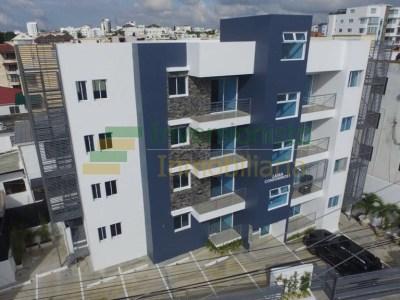 Apartamento de 3 Habitaciones en Lama Condominios, La Española