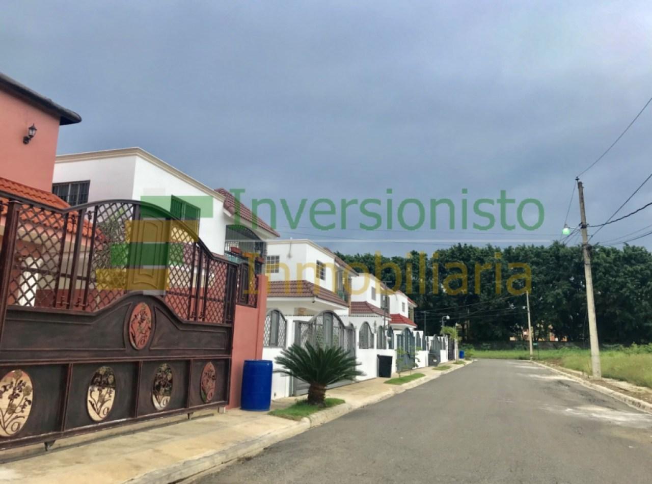 Urbanización Cerrada Jardines de Gurabo, Santiago