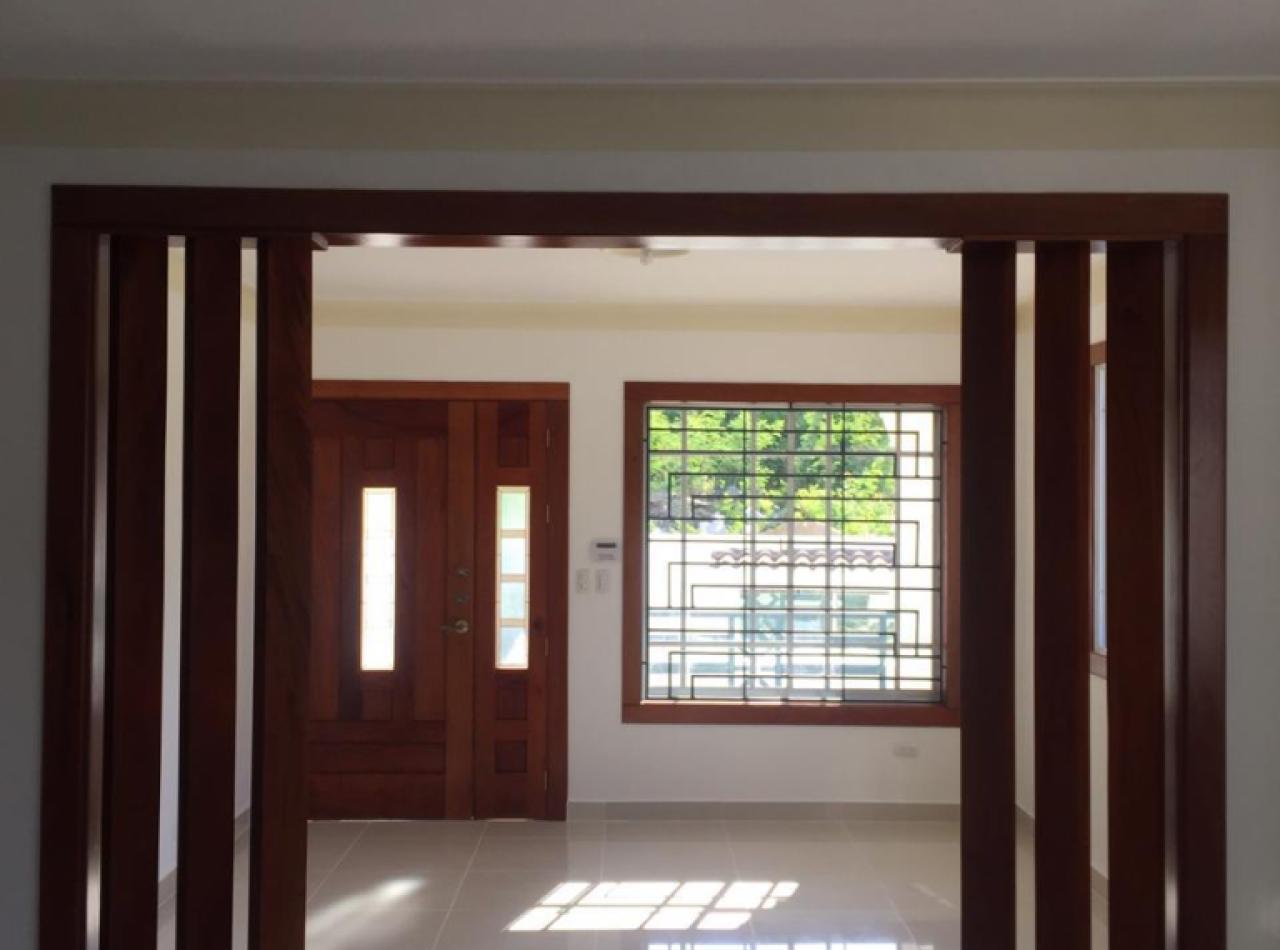 Casa Moderna y Nueva 230 Mts2 en Las Antillas, Santiago