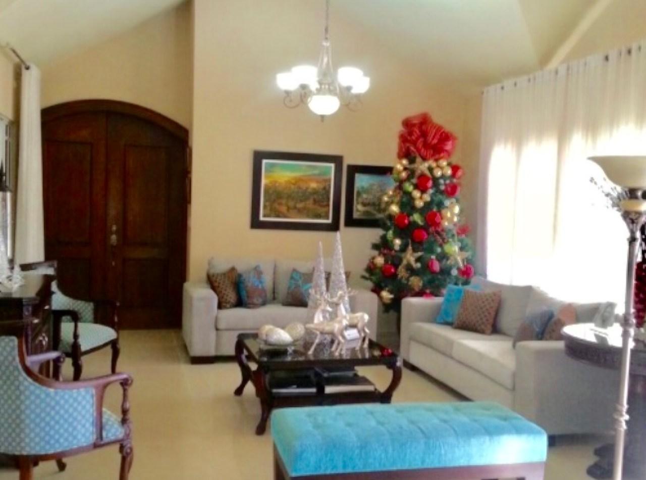 Casa en Venta en Las Carmelitas con 1,500 Mt2, Santiago