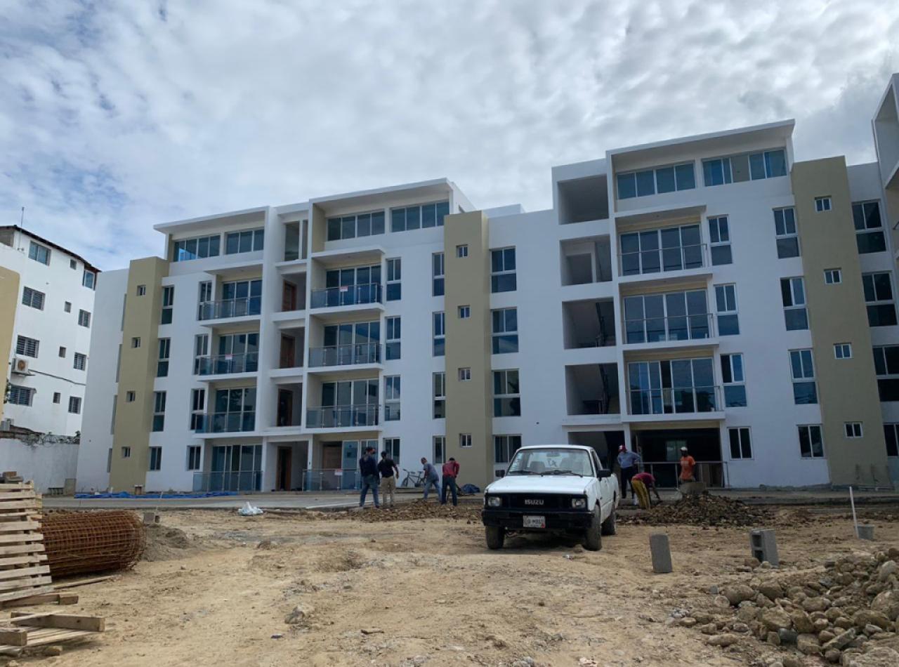Ladera del Cerro Apartamentos en Construcción