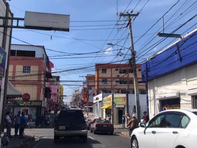 Local de 132 Mts2 en la Ciudad de Santiago, Céntrico.