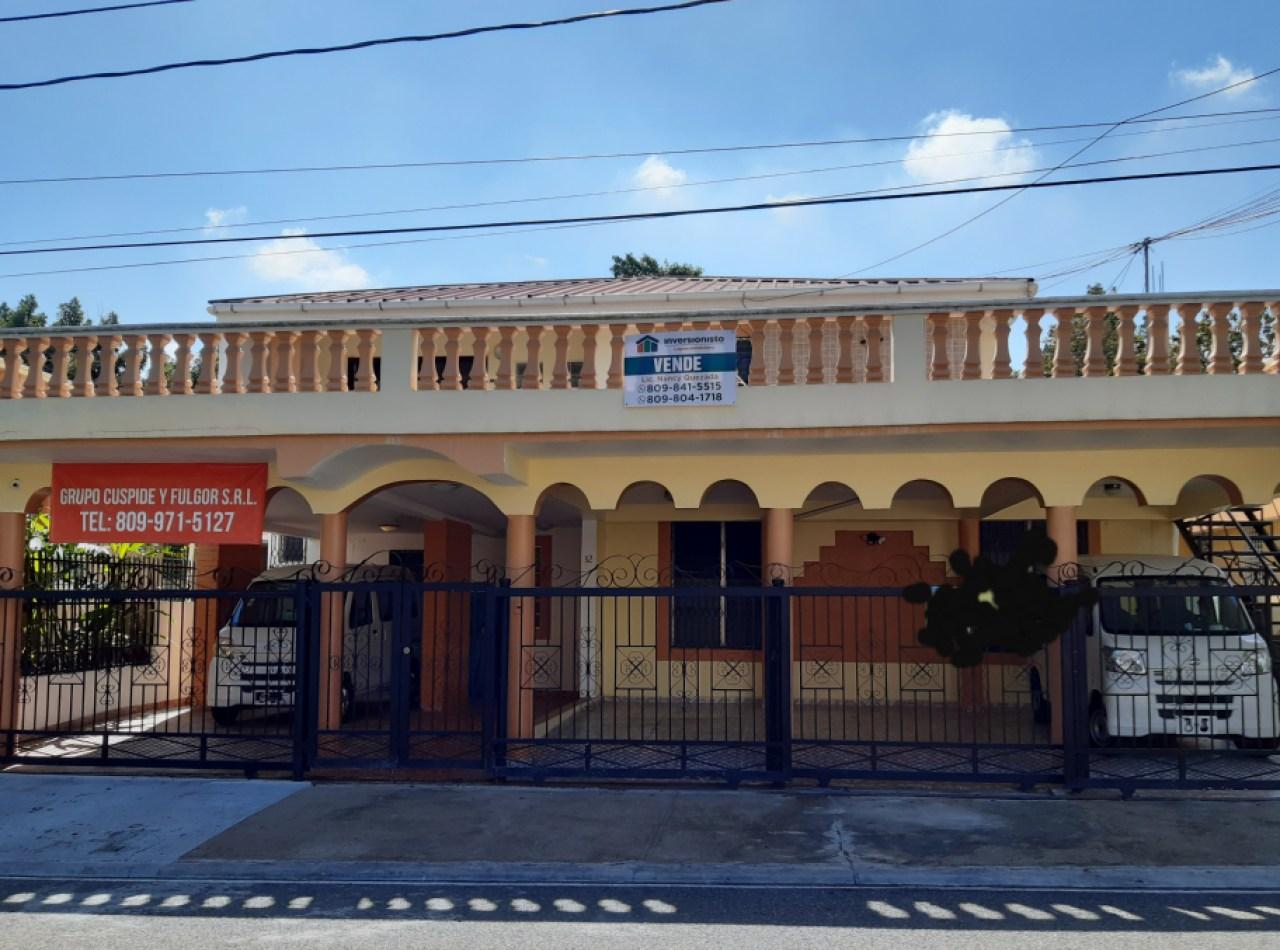 Casa Acogedora en Venta en Villa Olga, Santisgo