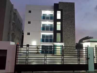 Cuarto nivel | Moderno Residencial Henessy