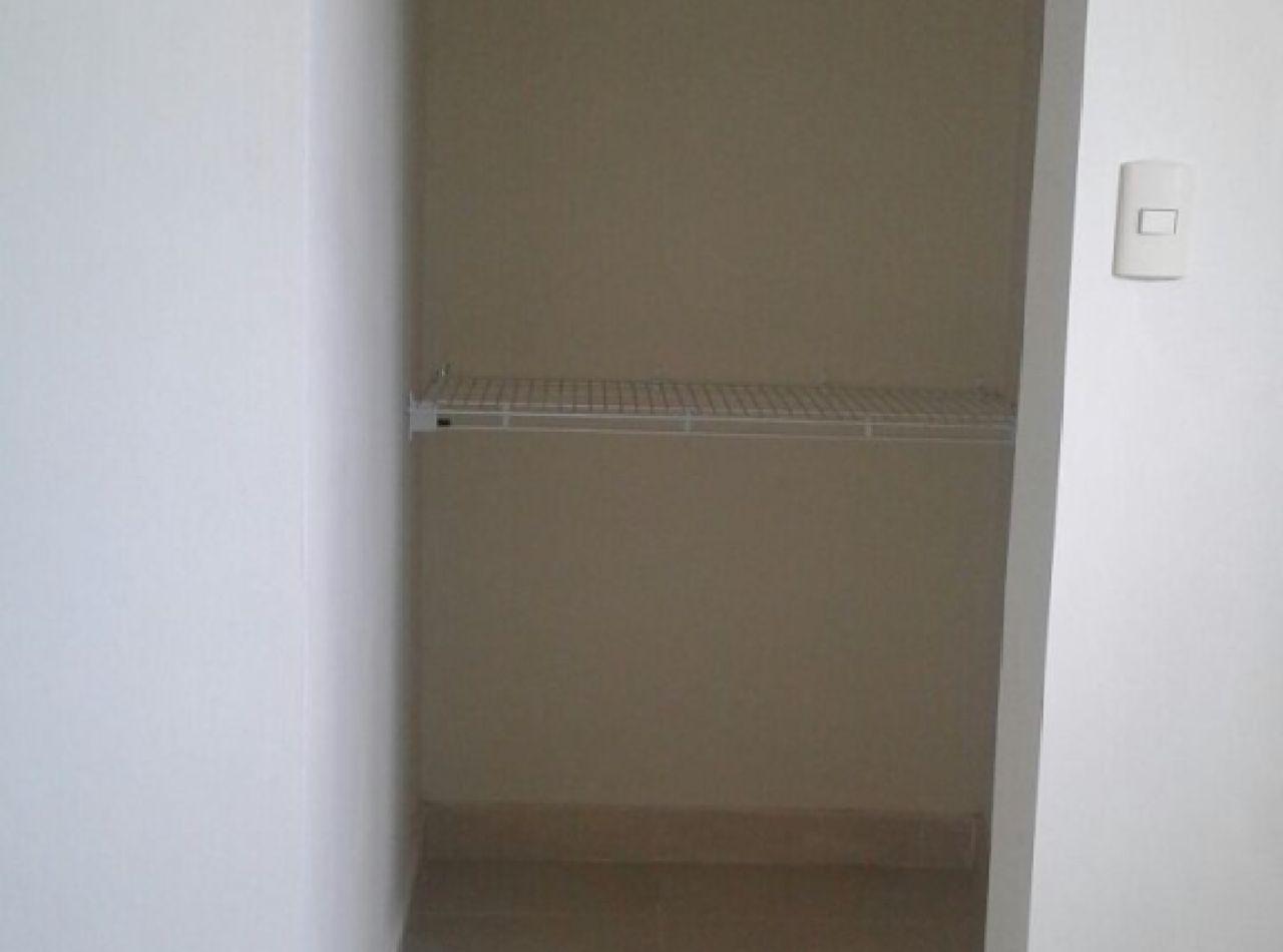 Moderno Apartamento Disponible, Brunis IX, Gurabo