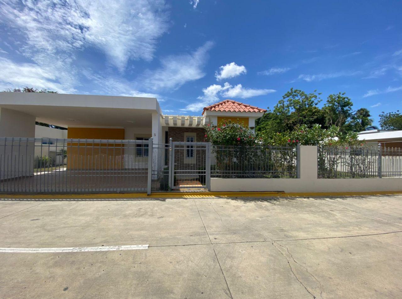 Hermosa Casa en Venta en Gurabo