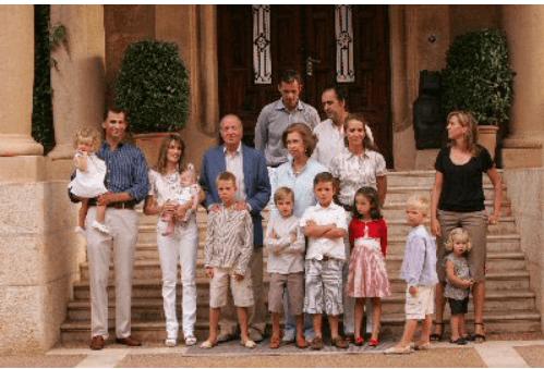 familia-real% - En todas las familias hay problemas