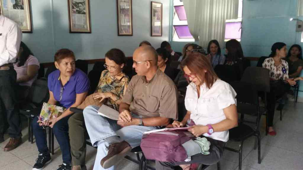 Asistentes a la presentación del libro