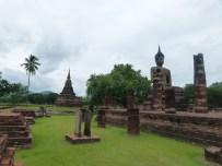 Vista de la parte posterior de Wat Mahathat, Sukhothai