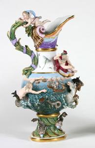 Jarra decorativa de porcelana de Meissen, 1814-1860. Museo Cerralbo, Madrid.