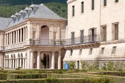 Conexión entre el Monasterio de El Escorial y la Galería de Convalecinetes