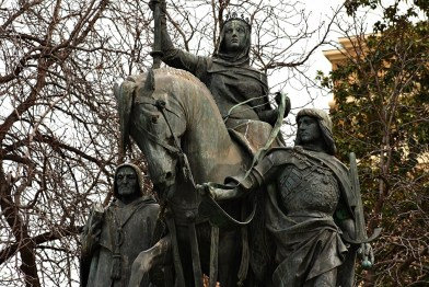 "Manuel Oms, ""Monumento a Isabel la Católica"", Paseo de la Castellana de Madrid, 1881. Foto Carlos Viñas (Madrid a Fondo)"