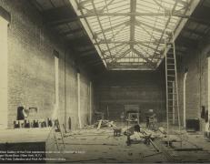 La galería principal del edificio durante las obras en 1913. Foto Frick Collection.