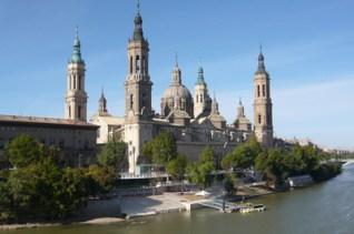 Vista actual del Pilar de Zaragoza. Wikimedia Commons.