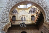 Manuel Castaños: Patio árabe. Casino de Murcia. Foto: Ramón Escobar Hervas (http://maravillasdeespana.blogspot.com.es/2014/11/murcia-el-real-casino-y-caravaca-de-la.html)