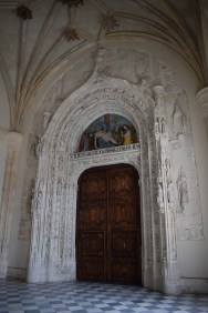 Puerta gótica en la Cartuja del Paular