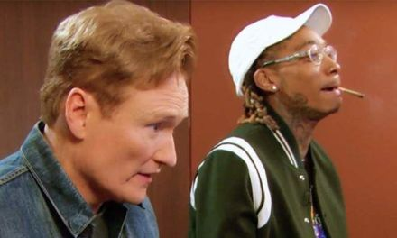 """Wiz Khalifa Joins Conan O'Brien to Get High and Play """"Gears Of War 4"""""""
