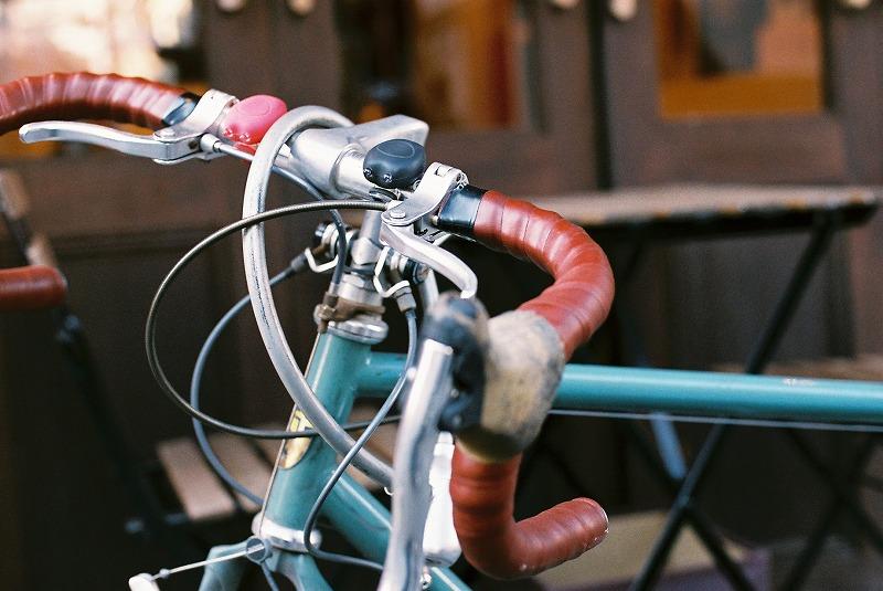 神楽坂で見つけた自転車