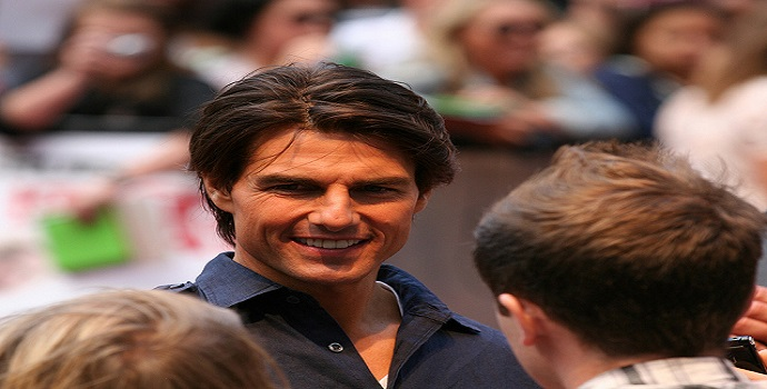 Tom Cruise as Famous Hollywood Celebrity