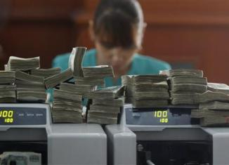 Myanmar awards licenses for foreign banks