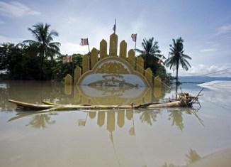 Myanmar asks international community for flood aid