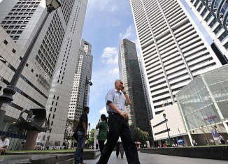 Singapore economy braces for bumpy year