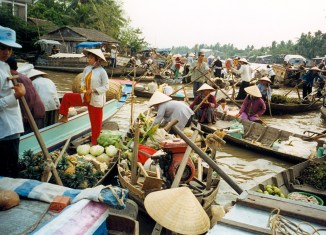 Vietnam on target to become China's largest ASEAN trade partner