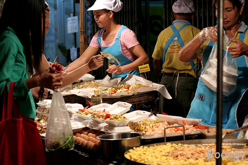 Bangkok set to lose a core attraction – street food
