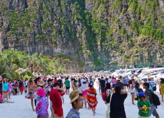 Thailand sets $90-billion tourism revenue target