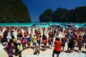 Thailand: Evermore tourists come a-flocking
