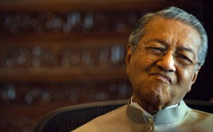Malaysia election: Opposition names Mahathir as candidate for prime minister