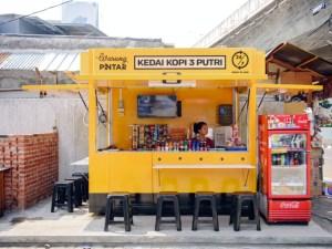 Jakarta startup digitises street vendors with WiFi, smart tech