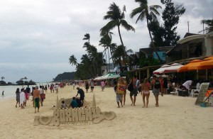 Profit vs. environment: Top Southeast Asia beaches close for clean-up