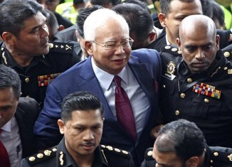 Malaysia's ex-PM detained over mysterious $628-million transfer