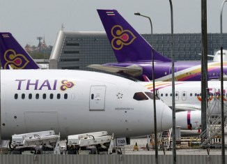 Loss-making Thai Airways frets about $3-billion plane purchase