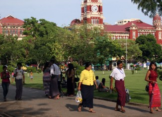Myanmar Opens Up For Foreign Insurance Compnaies
