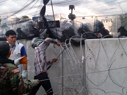 Bangkok-riots-Dec-2013_21_Arno Maierbrugger